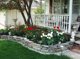 Backyard, Remarkable Green Rectangle Unique Grass Front Yard Flower Beds  Decorative Many Flowers And Big