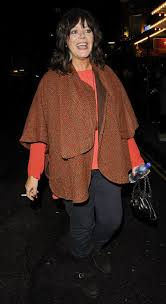 Josie Lawrence Height - How tall