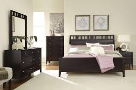Solid Wood Contemporary Bedroom Furniture Contemporary Sanibel Bedroom Set Solid Wood Material Modern King