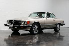 1987 was the second year of production for the 560sl model. 1987 Mercedes Benz 560 European Collectibles
