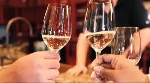 cheerswineoregonwhite winetravel oregontraveloregonnationalwinedaypinot grisoregonwinemontgon wine montgonwinekingestate