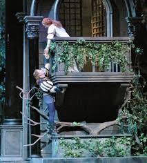 romeo and juliet balcony scene essay romeo and juliet balcony scene comparison essay review