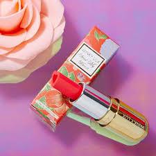 kissable heart shaped lipsticks steal