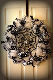 Spooky Spider Deco Mesh Wreath. Wreath MakingDiy WreathDiy Halloween ...