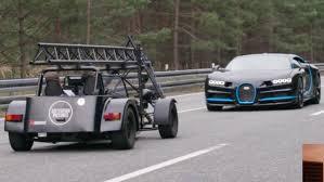 Bugatti laat zien dat ze de snelste auto's ter wereld maken. How Was Bugatti Chiron Top Speed Video Shot Explained