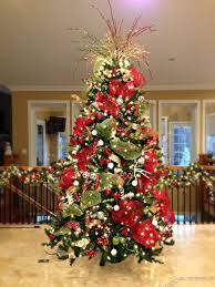 ... ideas Large-size Images About Christmas Traditional Red Green And Gold  On White Tree Substitute ...