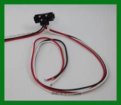 right angle 3 pin pigtail connector 24 034 long continuous right angle 3 pin pigtail connector 24 034 long continuous wiring harness
