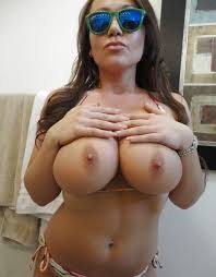 Busty Women With Huge Boobs Natural Big Tits Busty Big Tits 8
