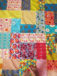 Easy+Fat+Quarter+Quilt | Southern Quilter » Fat Quarters | it's ... & Pattern for my Star Trek quilt! Best use of fat quarters I've seen when you  want… Adamdwight.com