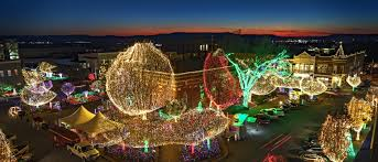Lowell City Of Lights Parade Route Light Up Nwa Holiday Lights Parades Celebrations