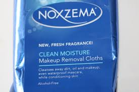 makeup removal cloths pack i know that they have one other type of wipe for oil control but since i
