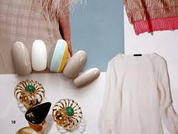 春スタイルに自分色を3色ストライプのネイル 渋谷区松濤 大人の女性