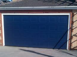 what are the diffe garage door colors