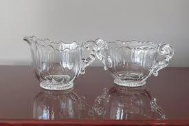 Edging Glass Design Vintage Cambridge Glass Creamer And Sugar Set With Ruffled