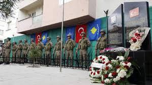 Kosova'da Türk şehit başçavuş için anıt yapıldı