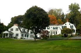 the garden gables inn lenox ma i worked for mrs veslick sp when i was in high i waited on the guests for breakfast and then became the chamber