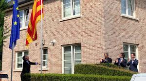 El prusés Catalufo - Página 3 Images?q=tbn:ANd9GcQNnZ57SYh7igtiZzsDMnsvAvZSnORhMoTwkGjD9Dz_7mUas7b1Zw