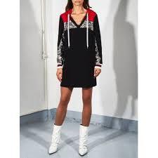 Черное <b>платье</b> с <b>пайетками</b> и капюшоном <b>RINASCIMENTO</b> 88280 ...