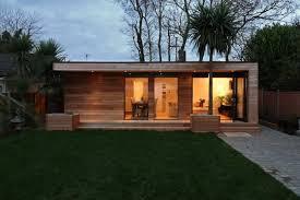Petite Maison Moderne En Bois