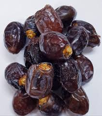 Dry Fruit Hub Khenaizi /Kurma/Arab Emirates Dates - 400gms: Amazon.in:  Grocery & Gourmet Foods