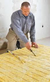Aufbau einer holzbalkendecke mit dämmung zwischen den balken mit einzelnen bauteilschichten, inkl. Holzbalkendecke Schallschutz Selbst De