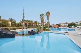 pool cleaning el paso new hotel portaventura el paso portaventura salou spain booking of pool cleaning