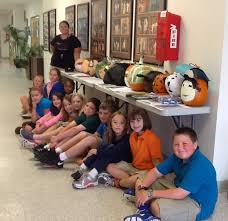 fourth graders transform pumpkins into book characters wele to williamsburg academy