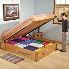 DIY Storage Bed Lift bed HomeStyleDiarycom