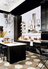 So make a beautiful display out of your favorite kitchen utensils and make  your kitchen dreamy with that French bistro vibe.