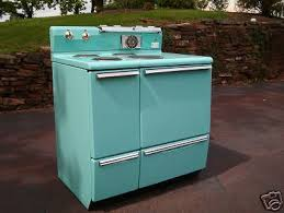 erica s thrifty jadeite kitchen remodel 18 photos retro renovation