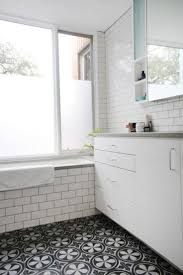 various black and white bathroom tile floor andite wall ideas