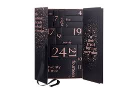 the best luxury advent calendars 2018 beauty advent calendars from la mer to charlotte tilbury
