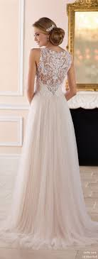 Best 25 Dramatic Wedding Dresses Ideas On Pinterest Wedding