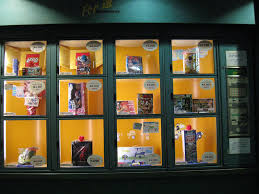 Vending Machines Toys Magnificent Japan The Land Of Vending Machines Kuriositas
