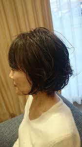ショートボブで直毛よりパーマがいい40代の髪型