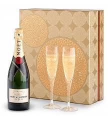 moet chandon chagne gift set