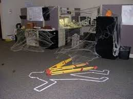 Halloween decorations for office Alice In Wonderland 10 Halloween Decorating Ideas For Your Office Cubicle Fibernet Halloween Office Decorating Ideas Elegant Halloween Decorations For