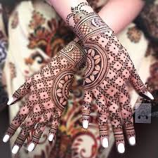 200+ Traditional and Modern Mehndi Designs For Brides and Bridesmaids
