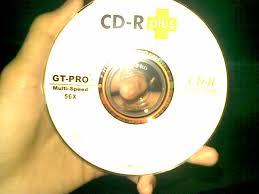 Masukkan ulaunch dvd game ke ps2 dan biarkan hingga load. Ulaunchelf Ps2 Cd