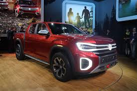 2018 NY Auto Show: Volkswagen Debuts Atlas Tanoak Pickup Truck