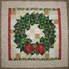 Miniature Christmas Wreath Quilt Block &  Adamdwight.com