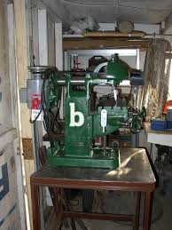 benchtop milling machine. side-view.jpg benchtop milling machine