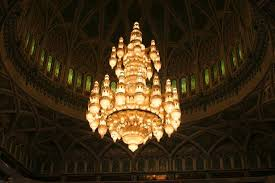 sultan qaboos grand mosque the biggest chandelier in the world 600 000 crystal ts