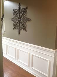 Wainscoting For Living Room Diy Classic Wainscoting Tutorial Entry Ways Faux Wainscoting