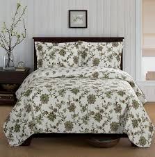 Best 25+ Quilts & coverlets ideas on Pinterest | Teal and gray ... & Country Cottage Green Floral Quilt Coverlet Set Oversized Adamdwight.com