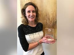 Carrie Johnson receives October 2016 Crimson Spirit Award – Human Resource  Services, Washington State University