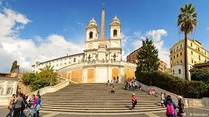 1,5 millionen euro zahlte der konzern bulgari für die renovierung der spanischen treppe in rom. Spanische Treppe Im Rom Wird Restauriert Dw Reise Dw 08 10 2015
