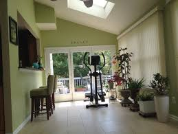 sunroom paint colorsNeed help to pick Sunroom paint color to compliment wblue wicker sofa