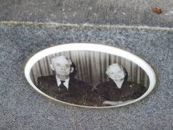 Edna Johnson Kiihnl (1897-1966) - Find A Grave Memorial