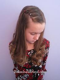 s curly hairstyle elegant long wavy curly hair